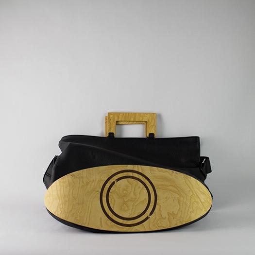 Tasche groß L schwarz mit Holz Esche Holzboden Holzgriffen Unikat Hydrogen 0029_4 Boden
