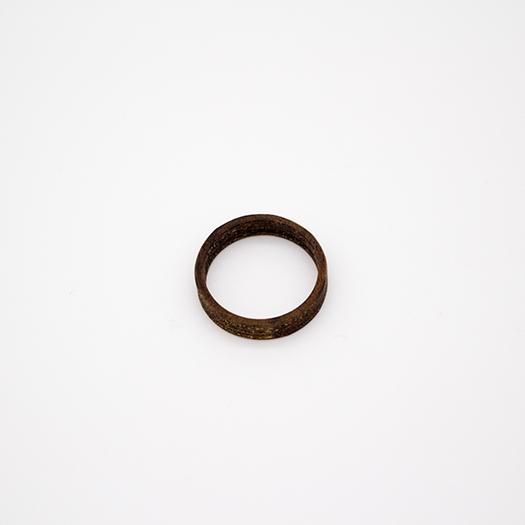 Holzring 22er Ring Unikat Unisex HELIUM Nussbaum 2_1
