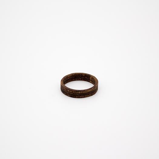 Holzring 22er Ring Unikat Unisex HELIUM Nussbaum 2_2
