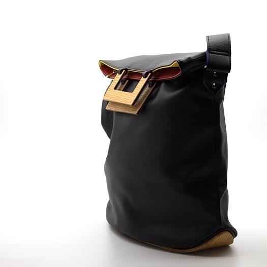 Tasche groß L schwarz/blau/rot/gelb Bauhaus Edition mit Holz Eiche Holzboden Holzgriffen Unikat Hydrogen 0035_3 Seite