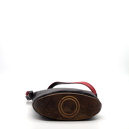 Tasche klein S schwarz/blau/rot/gelb Bauhaus Edition mit Holz Nussbaum Wurzelholz Holzboden Holzgriffen Unikat Hydrogen 0100_4 Boden