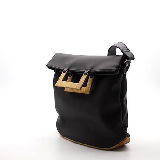 Tasche mittel M schwarz mit Holz Afromosia Holzboden Holzgriffen Recycling Unikat Hydrogen 0110_3 Seite