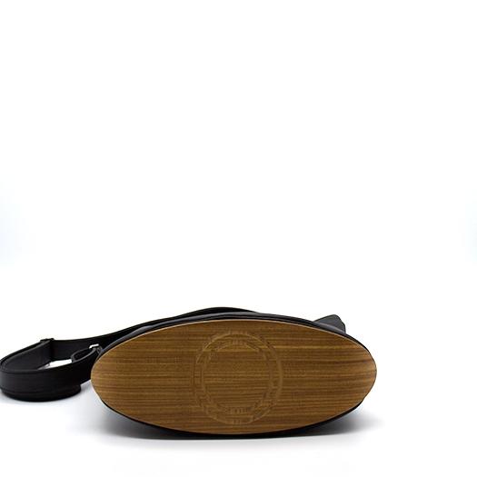 Tasche mittel M schwarz mit Holz Afromosia Holzboden Holzgriffen Recycling Unikat Hydrogen 0110_4 Boden