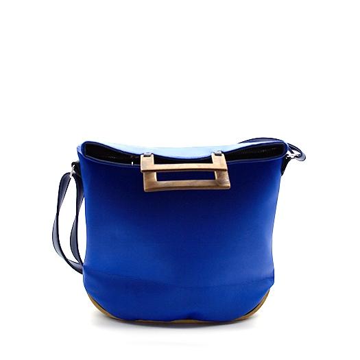 Tasche klein S blau blaubeere mit Holz Nussbaum Wurzelholz Holzboden Holzgriffen Recycling Unikat Hydrogen 0120_1