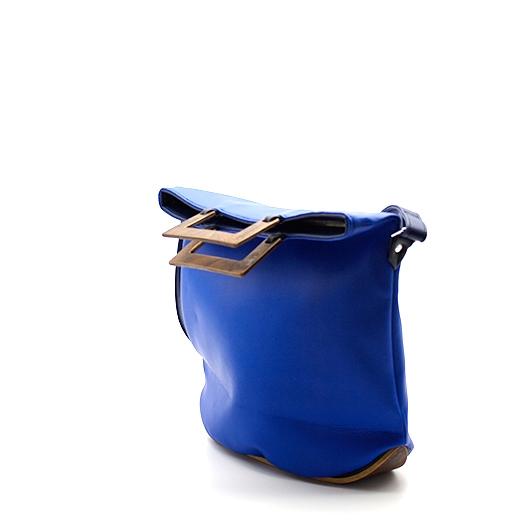 Tasche klein S blau blaubeere mit Holz Nussbaum Wurzelholz Holzboden Holzgriffen Recycling Unikat Hydrogen 0120_3 Seite
