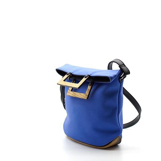 Tasche klein S asterblau blau schwarz mit Holz Eiche Holzboden Holzgriffen Recycling Unikat Hydrogen 0139a_3 Seite